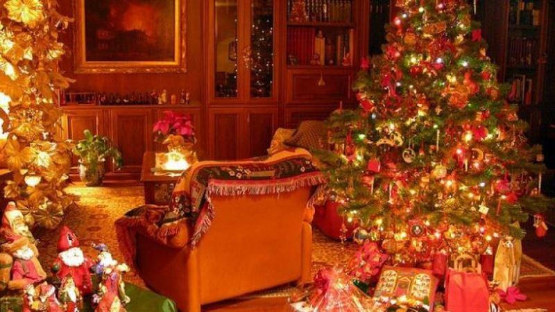 Regali-per-bambini-sotto-albero-di-Natale-x