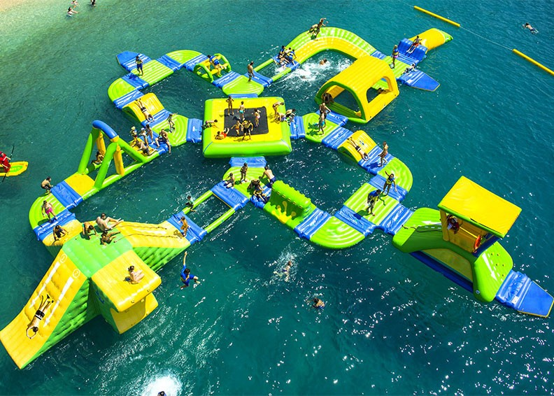 divertirsi-con-gli-amici-inflatable-water-park-for-sale-c59