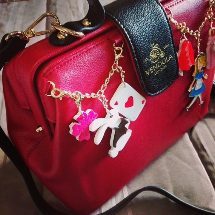 doctor-bag-alice-charm-1
