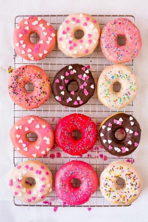 donuts-food-hearts-pink-Favim.com-4670951