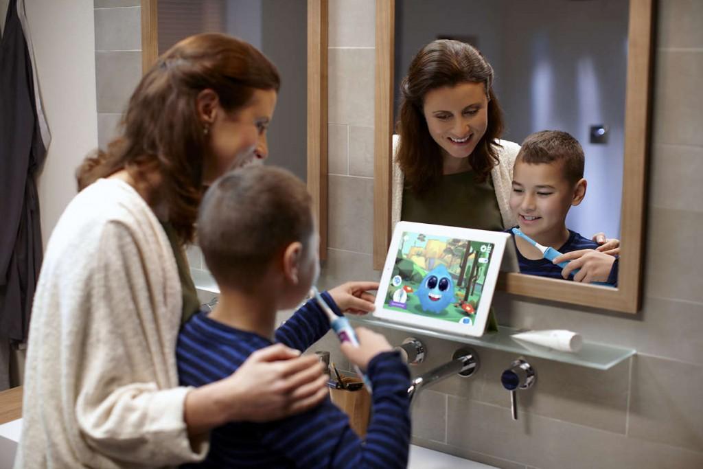 insegnare-ai-bambini-a-lavarsi-i-denti-3