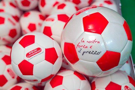 mondo-convenienza-pallone-campioni