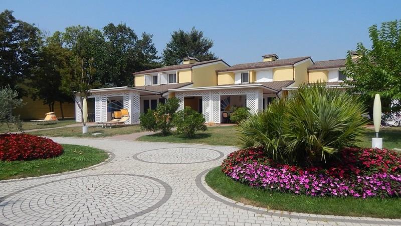 Apart-Hotel---piazzetta-5