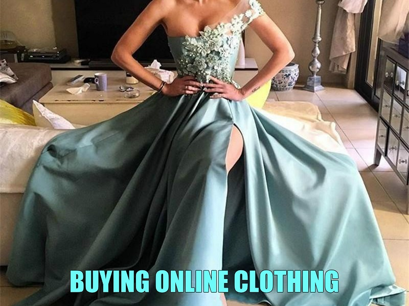 buying-online-clothing-cover