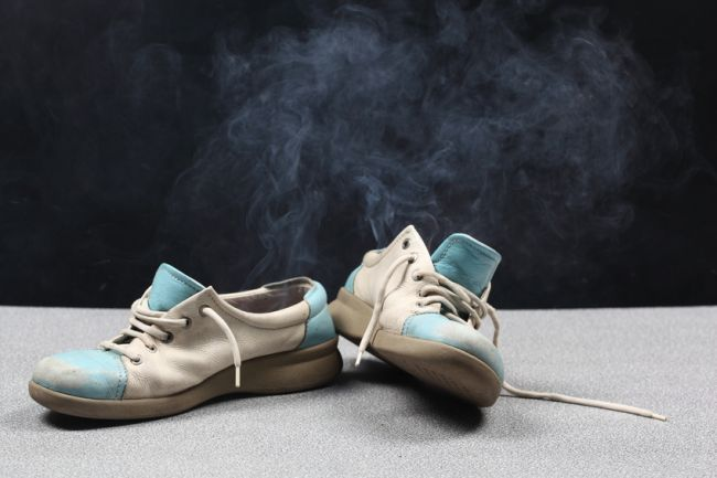 scarpe-puzzolenti