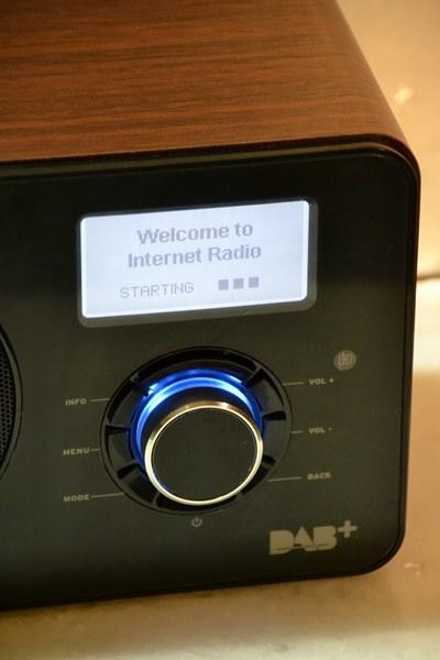 2-Internet-radio-Auna