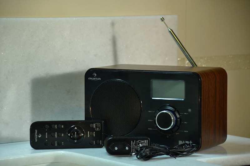 31-Internet-radio-Auna