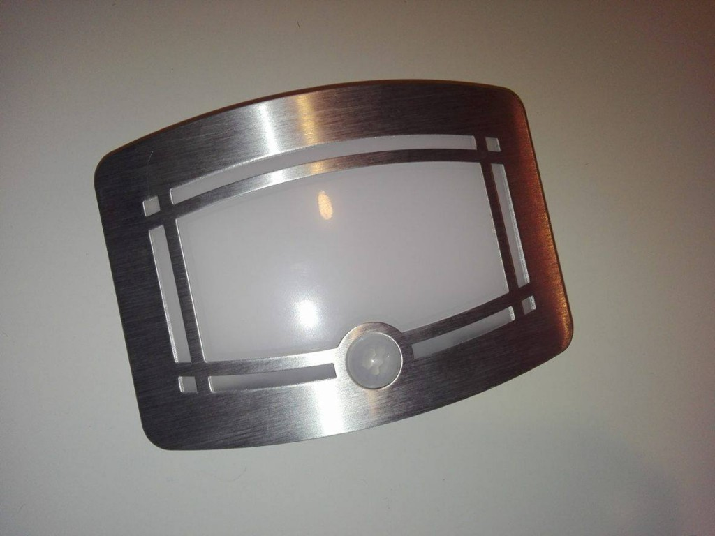 Luce-Notturna-Wireless-OxyLED-5