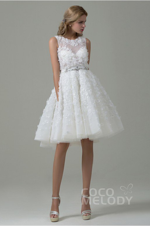 Cocomelody-Backless-wedding-dress-7