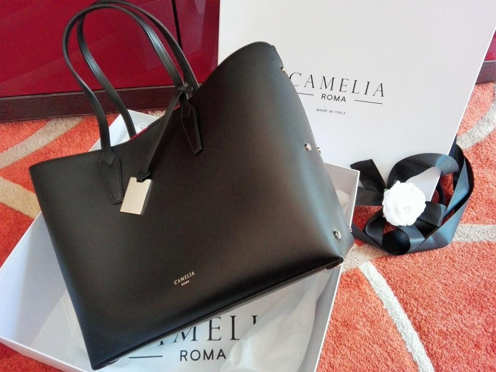 12-camelia-roma-unboxing-2