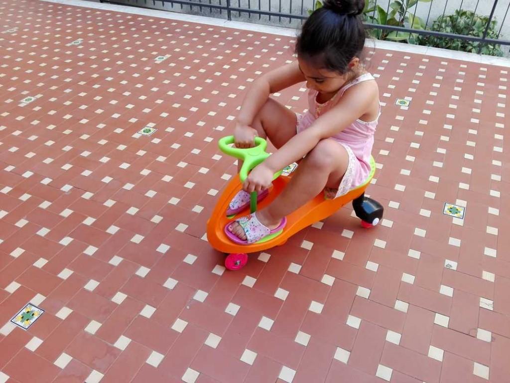 11-Fascol-scooter-giocattolo