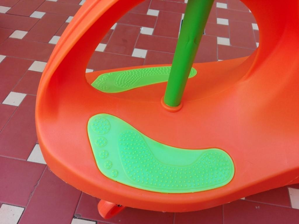 9-Fascol-scooter-giocattolo