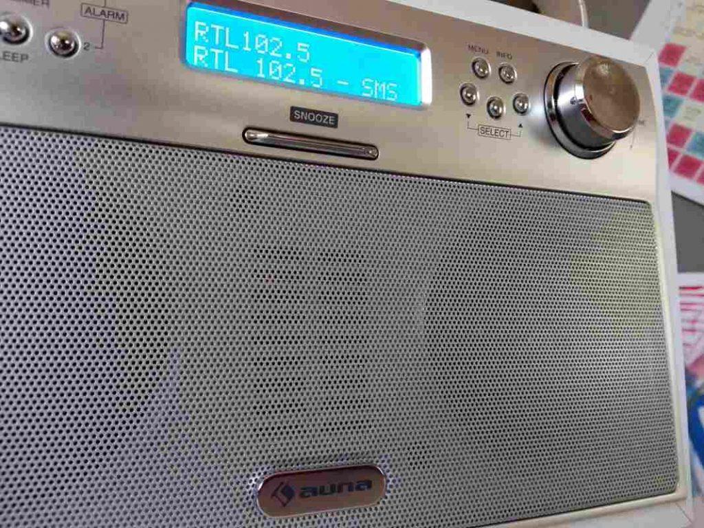 8-auna-akkord-radio-digitale