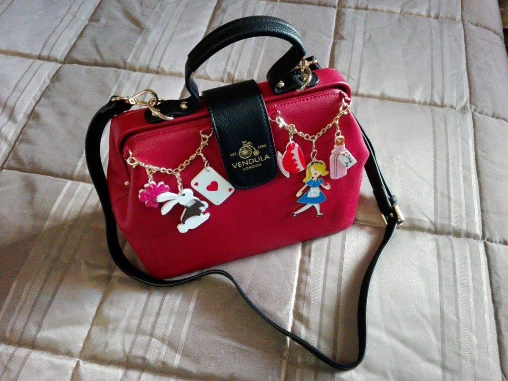 vendula-doctor-bag-alice-charm-7