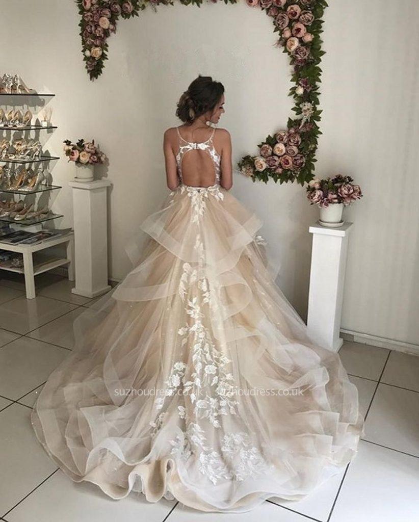 cambiare abito da sposa dopo la cerimonia