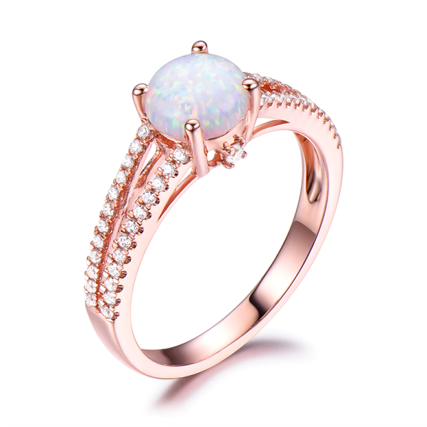 How to choose an engagement ring: opal