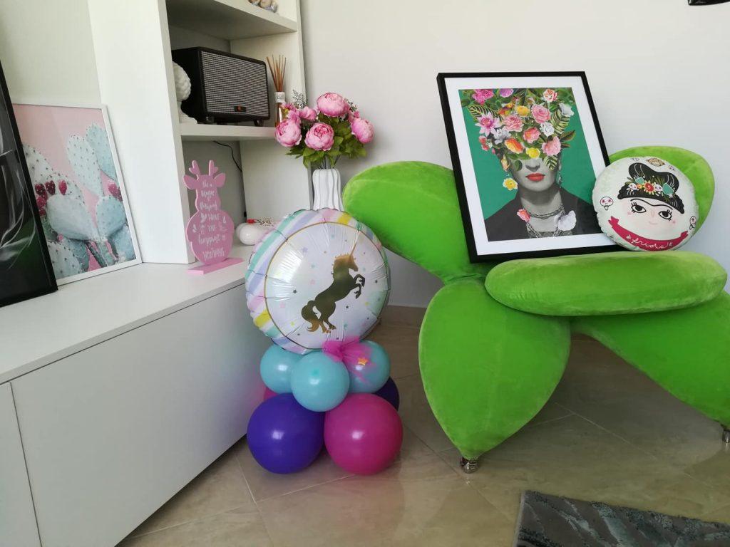 """Un tocco di colore con il poster Desenio """"Frida Floral 1"""""""