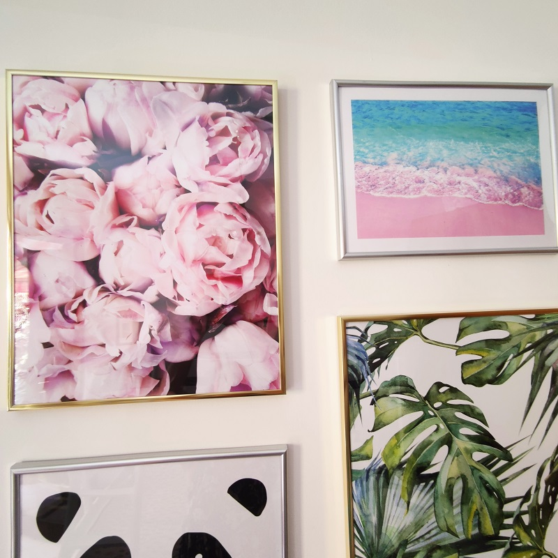 DearSam gallery wall