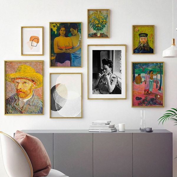 gallery wall con i poster Dear Sam